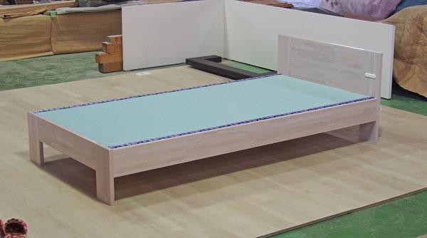 白い畳ベッド オーダー