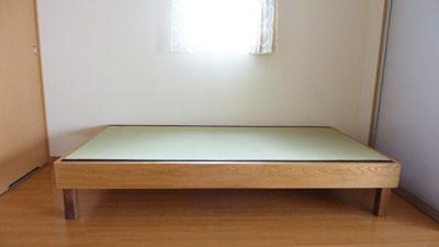 シンプルな畳ベッド