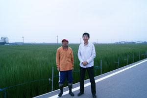 草農家の松村さん