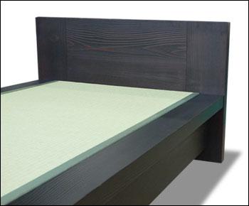 杉無垢材を使用した畳ベッド